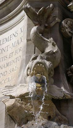 Rom, Piazza della Rotonda, Brunnendetail (fountain detail)