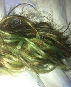 get rid of green hair caused by chlorine on