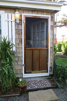 Dog And Cat Proof Your Screen Doors House In 2019
