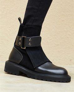 Fashion Heels, Fashion Boots, Fashion Edgy, Fashion Outfits, Girly Outfits, Fashion Men, Cheap Fashion, Fashion Fall, Fashion Black