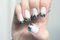 Black swan grafitti nails