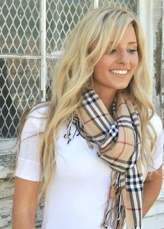 5 LOOKS WITH SCARFS | The Beauty Studio