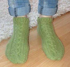 Lyhytvartiset sukat Socks, Fashion, Moda, Fashion Styles, Sock, Fasion, Stockings, Ankle Socks, Hosiery