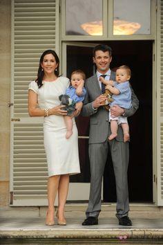 Federico y Mary de Dinamarca con sus mellizos en Australia