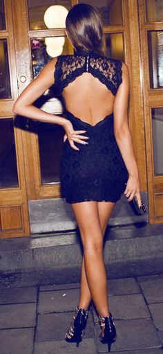 Backless Lace Dress // #lbd