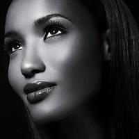 Fatima Siad  ~  Born December 17, 1986 in Mogadishu, Somalia, Fatima Siad is a Somali-Ethiopian fashion model. Raised in Boston, Massachusetts, she placed third on America's Next Top Model, Cycle 10.