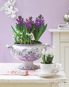 Love the purple print with the purple flowers..so fresh