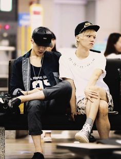 they look like a married couple that just had a fight and luhans the sassy wife and sehun the husband who doesn't gives a shit