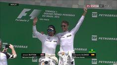 Se na pista a fase é das piores, no quesito galhofa a dupla da McLaren vence com louvor (Foto: Reprodução/F1))