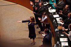 MÉXICO, D.F. (apro).- El dirigente del Movimiento Regeneración Nacional (Morena), Andrés Manuel López Obrador, afirmó que la nueva titular de la Procuraduría General de la República (PGR), Arely Gó...