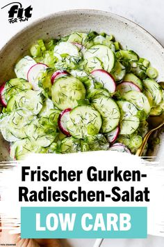 Mar 2020 - Frischer Gurken-Radieschen-Salat Rezept - FIT FOR FUN Cucumber salad always works, right? This fresh cucumber salad with radishes is lightweight and figure-friendly. It is also perfect for anyon recepten gezonde gemakkelijke lunches Salad Recipes Healthy Lunch, Salad Recipes For Dinner, Chicken Salad Recipes, Easy Healthy Recipes, Healthy Chicken, Lunch Recipes, Creamy Cucumber Salad, Creamy Cucumbers, Radish Salad