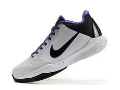 hot sale online 9805d 7859f Nike Kobe 5 Blanc Noir Violet Nike Blazer Vintage Hi
