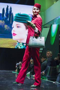 Alitalia: le nuove divise e tutti gli stilisti