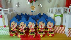 Baby Boy 1st Birthday Party, Carnival Birthday Parties, Ideas Para Fiestas, Cake Pops, Party Planning, First Birthdays, Baby Shower, Ideas, Circus Birthday