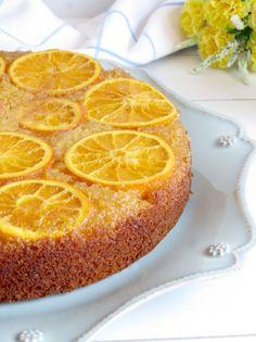 bolo invertido laranja e amêndoa