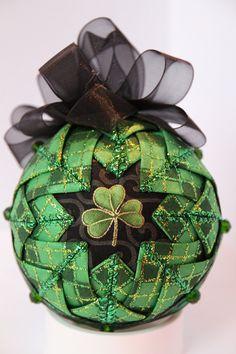 Striking Shamrock Ornament by GoldenGirlOrnaments on Etsy