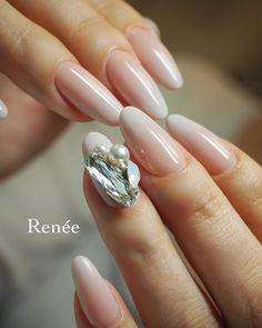 いいね!1,879件、コメント3件 ― nail artist Rie Nofuji 埜藤 理恵さん(@rrieenee)のInstagramアカウント: 「Renée staff @riyo1621 デザイン♡ ・ BWJで先行発売となった 私のプロデュースブランド ・ -rrieenée- marumarble ・ matte turquoise…」