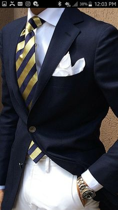 Men in suits & mens fashion. Sharp Dressed Man, Well Dressed Men, Mens Fashion Suits, Mens Suits, Men's Fashion, Suit Men, Fashion Menswear, Fashion Shoes, Fashion Trends
