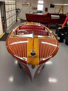 1952-Chris-Craft-Riviera-18_-pix--2sized #woodboat