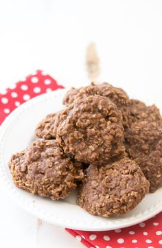 Chocolate No-Bake Cookies Recipe - These classic no-bake cookies are so easy to make!