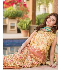 Signature Icon Embroidered Lawn Collection 2016 ZS_1B