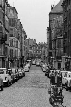 #photo du Belleville aujourd'hui démoli (29), par Jean-Louis Penel, 1972 #PEAV @Menilmuche @ParisHistorique @Karine_Gautreau Paris Photos, Photos Du, Vintage Pictures, Old Pictures, Menilmontant Paris, Paris France, Belleville Paris, Old Paris, I Love Paris