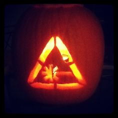 fan-made Nerdist pumpkin by Whitney Page #Halloween