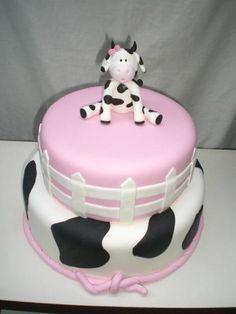 Imagem relacionada Cow Birthday Cake, Cow Birthday Parties, Farm Birthday, Girl First Birthday, Cow Cakes, Cupcake Cakes, Cow Baby Showers, Cowgirl Cakes, Farm Cake