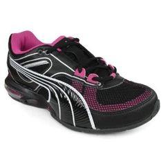 Work shoes!! Gotta have my black Pumas!