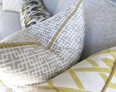 How To Pick Perfect Decorative Throw Pillows For Your Sofa, Bed Or Chair