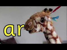 Geraldine the Giraffe learns the /ar/ - YouTube