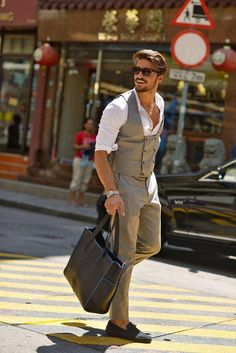MenStyle1- Men's Style Blog - Men's Bag Inspiration : Any man of fashion knows...