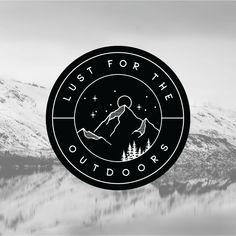 Black and white vintage badge logo featuring mountains, moon, stars and trees Logos Vintage, Logos Retro, Vintage Logo Design, Logos Color, Logos Photography, Logo Design Services, Branding Design, Logo Sport, Outdoor Logos