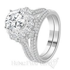 Beautiful diamond ring is made of 18K white gold with sparkling diamonds throughout groin, will surely bring you elegance and glamor.