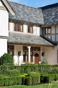 Wadia Associates provides luxury residential architecture of distinction. For breathtaking and picturesque homes and apartments, contact us today! Tudor House Exterior, House Paint Exterior, Exterior Design, House Exteriors, New Canaan, Dream House Interior, Paint Colors For Home, Architectural Elements, Residential Architecture