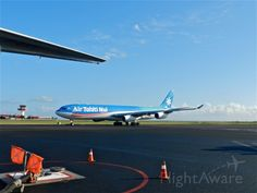 THT Airbus A340-300 (F-OSEA) Air Tahiti, Tahiti Nui, Aircraft, The Incredibles, Island, Quad, Airplane, Travel, Logos