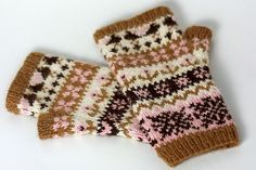 Wintry Mix Mitts