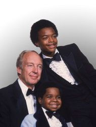 """This Sept. 13, 1981 file photo shows stars of the television show """"Different Strokes,"""" clockwise from foreground, Gary Coleman, Conrad Bain and Todd Bridges at the Emmy Awards in Los Angeles. Bain, who starred as the kindly white adoptive father of two young African-American brothers in the TV sitcom """"Diff'rent Strokes,"""" died of natural causes, Monday, Jan. 14, 2013, at his home in Livermore, Calif. He was 89. (AP Photo, file)"""