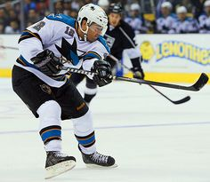 Patrick Marleau Patrick Marleau, San Jose Sharks, Sports Pictures, Nhl, Hockey, Guys, How To Wear, Field Hockey, Sons