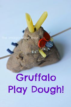 Create the Gruffalo with play dough and added materials! I love this idea of making the characters from a book. And the Gruffalo is such a good one to start with! Gruffalo Eyfs, Gruffalo Activities, Gruffalo Party, The Gruffalo, Activities For Kids, Sensory Activities, Nursery Activities, Sensory Bins, Infant Activities