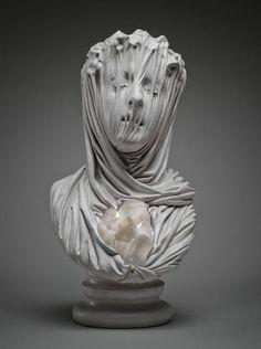 """asile-art-2: Souls Fantomatique Veiled Sculpté en marbre massif de Livio Scarpella Le travail de l'italien artiste contemporain Livio Scarpella tourne bien et le mal en délicatesse.  Ce groupe de sculptures, nommé """"Ghosts Underground"""", dépeint les âmes angoissants sous l'effet d'un mince voile perdu.  L'intérêt de Scarpella à ce sujet a été inspiré par un voyage à la chapelle Sansevero à Naples, la maison à Antonio Corradini de """"Veiled Christ"""".  Avant cette époque, il a surtout exposé des…"""