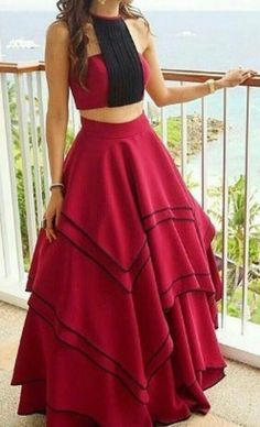 Latest Collection of Lehenga Choli Designs in the gallery. Lehenga Designs from India's Top Online Shopping Sites. Indian Gowns Dresses, Indian Fashion Dresses, Indian Designer Outfits, Girls Fashion Clothes, Long Dresses, Stylish Dresses For Girls, Stylish Dress Designs, Dresses For Teenage Girls, Girls Dresses