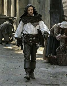 I so can't wait to get season three!!!!!!! S3 Aramis - musketeers
