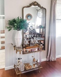 Elegant Home Decor, Elegant Homes, Living Room Decor, Bedroom Decor, Bar Cart Decor, Bar Cart Styling, Aesthetic Rooms, Eclectic Decor, Parisian Decor