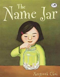 The Name Jar di Yangsook Choi http://www.amazon.it/dp/0756916305/ref=cm_sw_r_pi_dp_lic-ub0500KZF