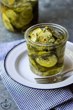Easy Homemade Dill Pickles The Beach House Kitchen Ketchup, Chutney, Dips, Canning Pickles, Homemade Pickles, Fermented Foods, Canning Recipes, Soup And Salad, Food And Drink