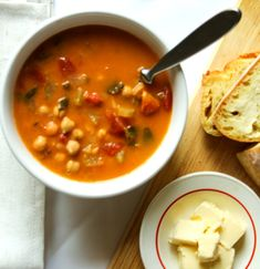 This Spanish chickpea & chorizo soup is the ultimate comfort food! Perfect for a light lunch.