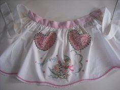 sweet little apron upcycle from pillowcase