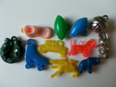11 Vintage Plastic Charms - Translucent, Silver, Gumball, Cracker Jack