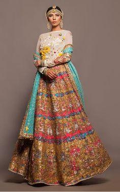 Intricate bridal lehenga. Show details for Nautanki Rani 2015. #lehenga #bridalfashion #desi #indianwedding #desibride